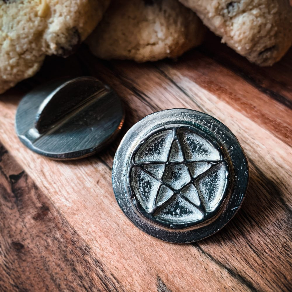 pentacle cookie stamp, australian witchcraft supplies, adelaide witchcraft store, free witchcraft spells, witchcraft blog, witchcraft wholesale, australian pagan, pagan supplies, witchcraft shop